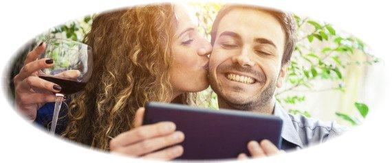 'Romantic' Statuses On Facebook